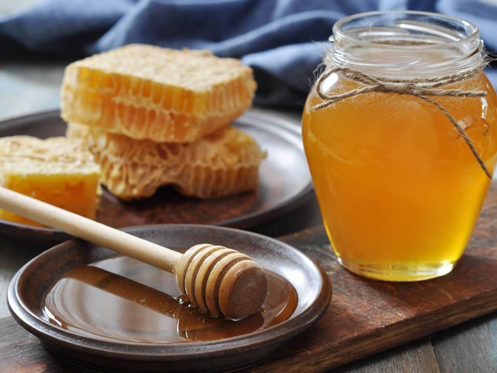 La dolce verità sul miele