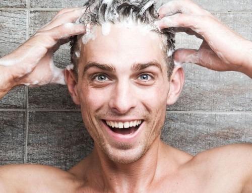 Alopecia androgenetica: signori, non lasciateli cadere!